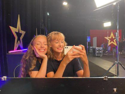 Kinga i Natalia w MAM TALENT